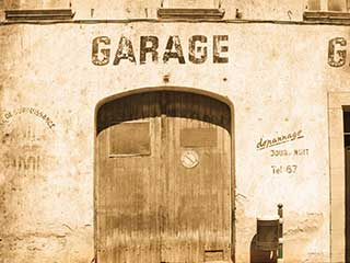History Of Garage Doors | Door Repair Nearby Newark NJ